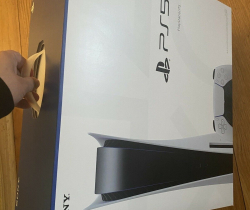 Sony PlayStation 5 (PS5) Disc Edition Console – White (NEW/UNOPENED/SEALED)